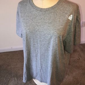 Reebok XL gray t-shirt